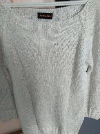 Sweterki bluzki