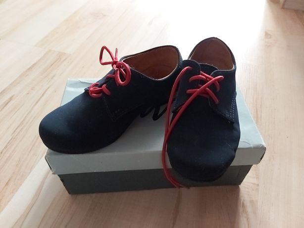 Pantofle półbuty chłopięce eleganckie buty