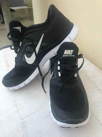 Sapatilhas Nike Free Run 3