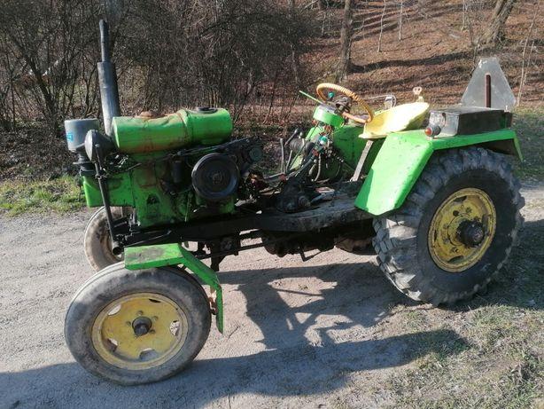 Traktor sam es18