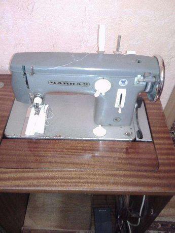 Швейная машинка Чайка-2/с электроприводом
