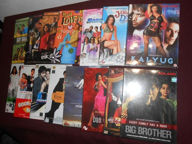 Conjunto de 15 filmes Indianos/Novos e selados