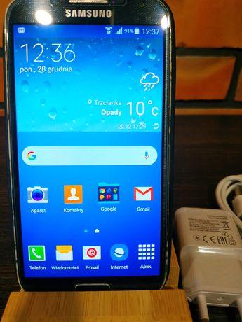 Samsung Galaxy S 4 w dobrym stanie.