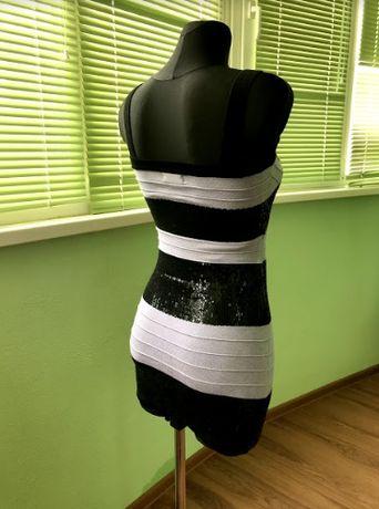 Бондажное обтягивающее клубное короткое платье с пайетками
