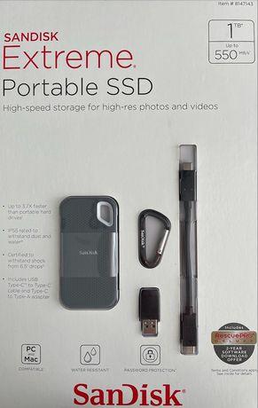 Жесткий диск SSD накопитель SanDisk Extreme 1 TB (SDSSDE60-1T00-AC)