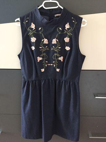 Sukienka (cena zawiera przesylke)