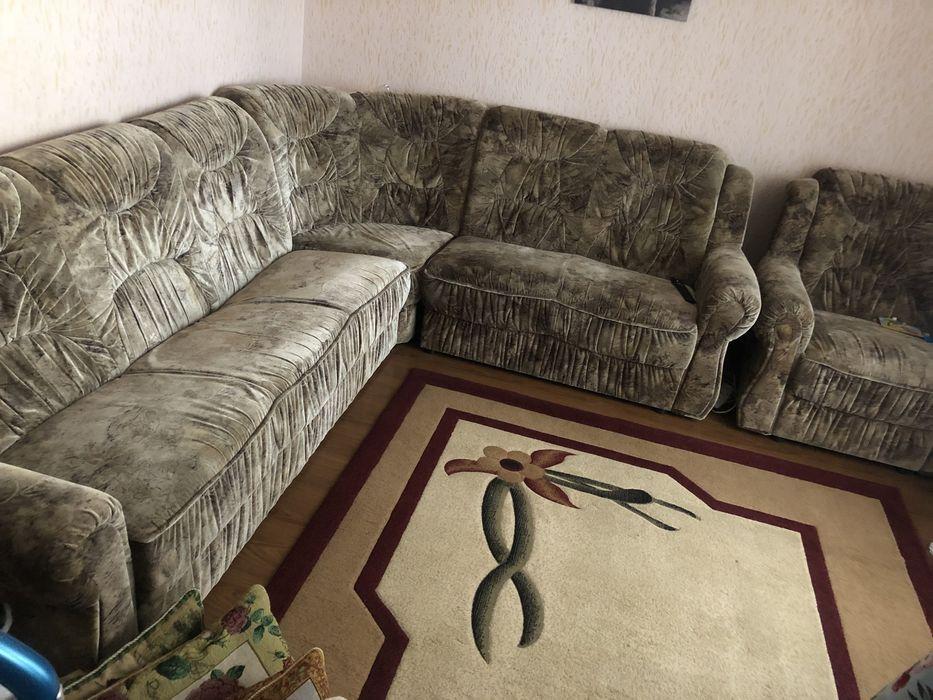 Срочно Угловой диван Изюм - изображение 1