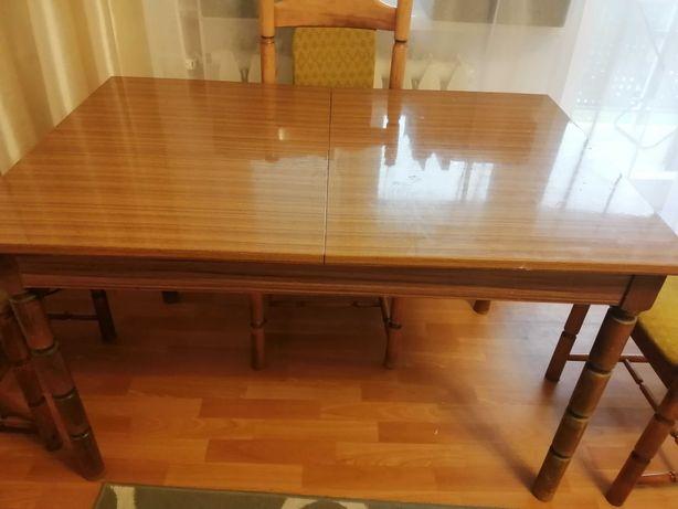 Stary, piękny stół