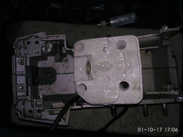 продам корпус двигателя с коленвалом и поршневой