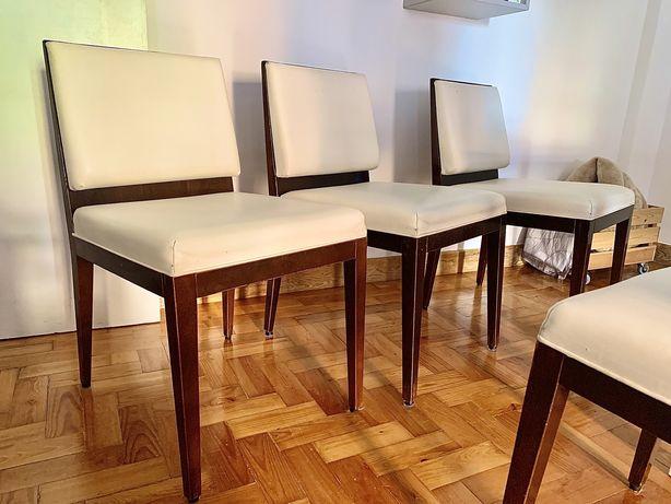 Cadeiras (Madeira e Pele creme)