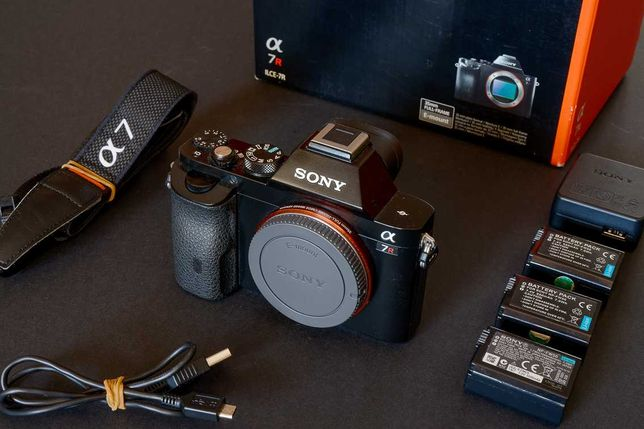 SONY a7R (ILCE-7)   Full Frame 35mm.  Excelente estado - oportunidade