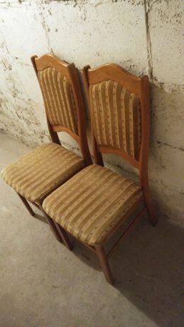 Dwa krzesła drewniane