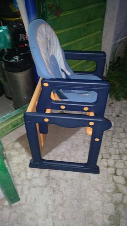 Cadeira para criança para mesa das refeições