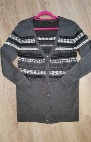 Szary, długi rozpinany sweter/kardigan, motyw czaszek,