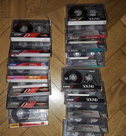 лот из 50 разных аудио касет