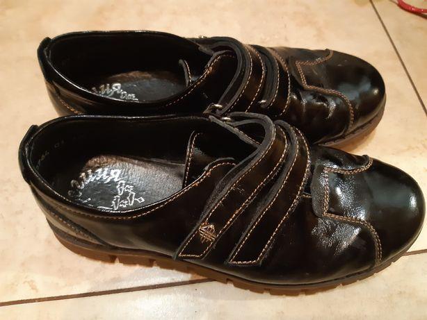 Туфли на девочку фабрика Берегиня кожаные размер 33