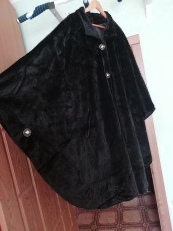 Курточка-пелерина для пышной дамы.