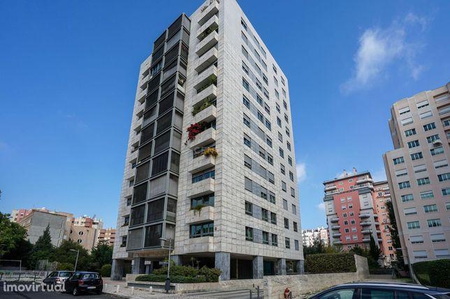 Apartamento T4 Parque dos Príncipes  - Telheiras
