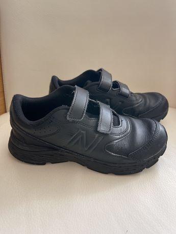 Кожаные кроссовки NB