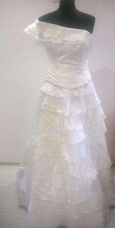 Śliczna suknia ślubna hiszpanka falbanki 38/40r. biała.OKAZJA!