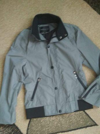 Куртка ветровка кофта