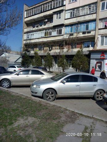 Фасад. Отд. вход. 1 эт. ул.Кирова, 40 . as811741
