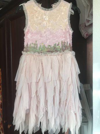 Нарядное платье на тоненьком хлопке на 110 - 116 с  паетками блестками