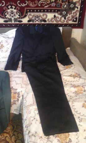 Продам костюм мужской,не дорого 1000 тор