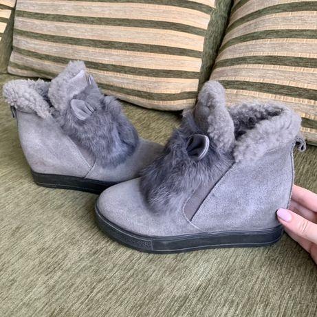 Ботинки, чобітки зі схованою платформою, замш