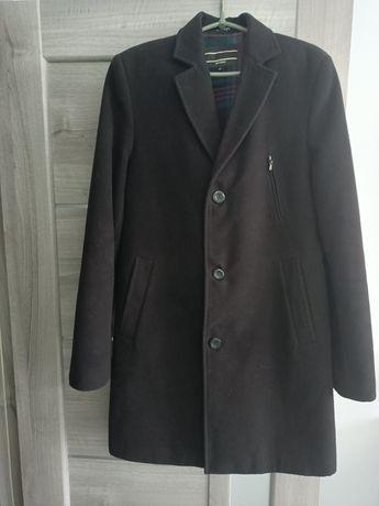 Чоловіче драпове пальто 48