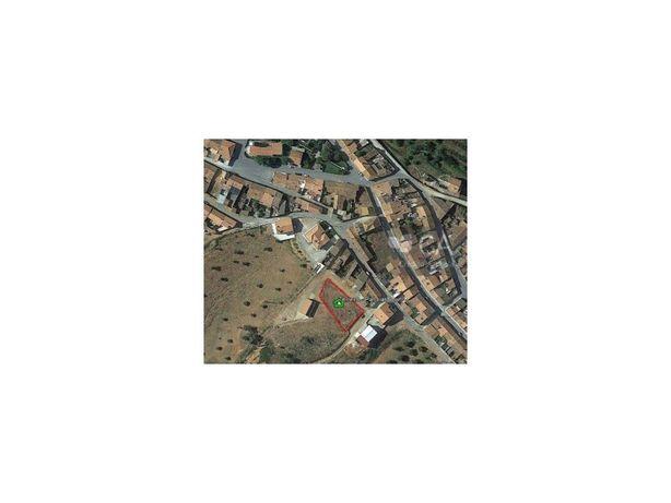 Terreno urbano destinado a construção