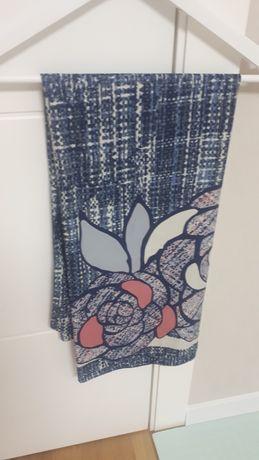 Продам шелковый шарф/ платок 100×100 см