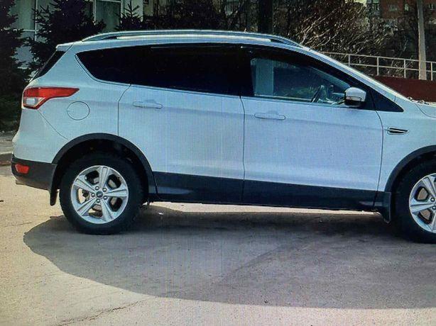 Продам Ford Kuga 2015