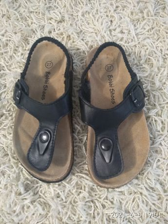Босоніжки на дівчинку Bobbi shoes