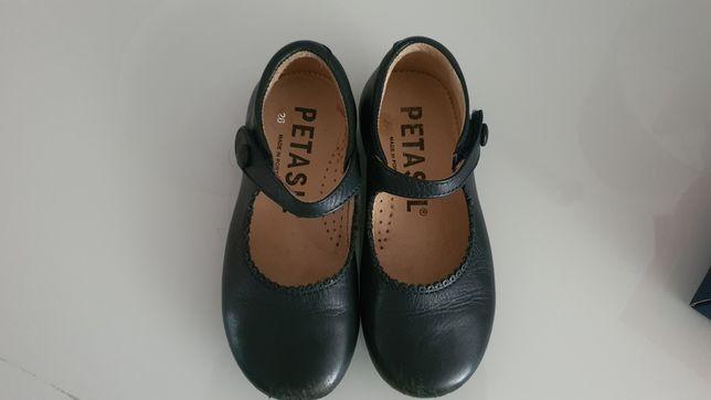 Sapatos menina tamanho 26