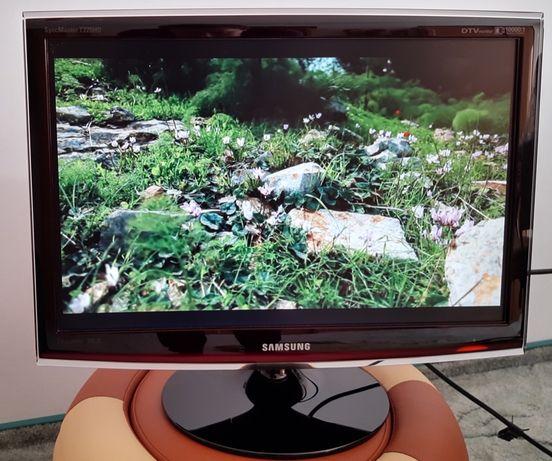 Monitor Samsung SyncMaster T220HD + dekoder DVB-T HD