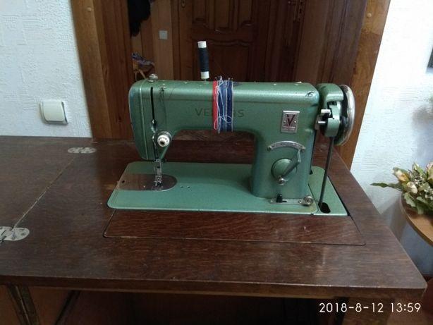 Швейная машина Веритас