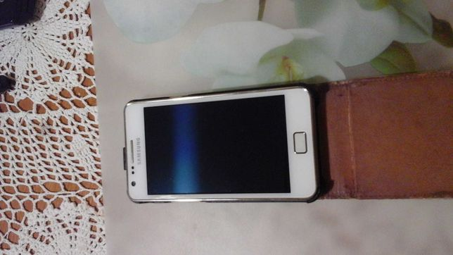 Мобильный телефон samsung galaxy s2