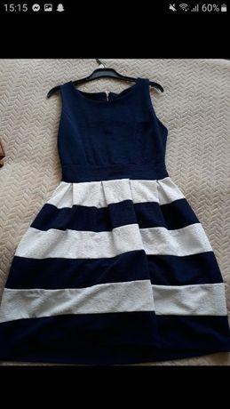 sukienka w grabatowe pasy