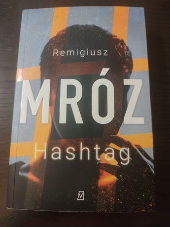 "Książka ""Hashtag"" R.Mróz"