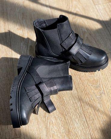 Ботинки кожаные деми 38