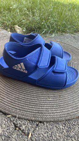 Sandaly chlopiece Adidas 31