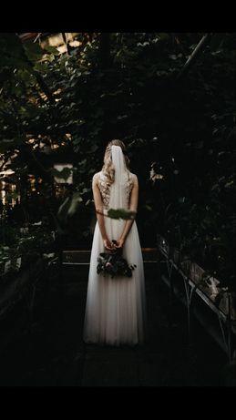 Anna Kara Stella suknia ślubna i długi welon