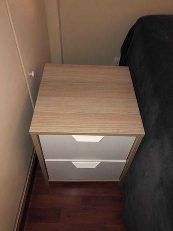 Mesa de Cabeceira - Ikea - Branca/Marfim - Modelo: Malm