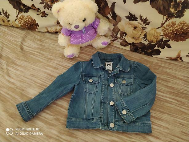 Джинсова куртка для дівчинки Gymboree