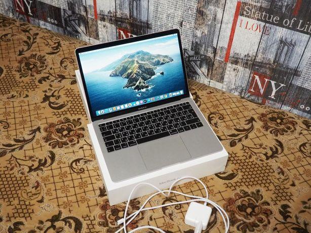 MacBook Air 2019 года i5, 128gb, 8gb