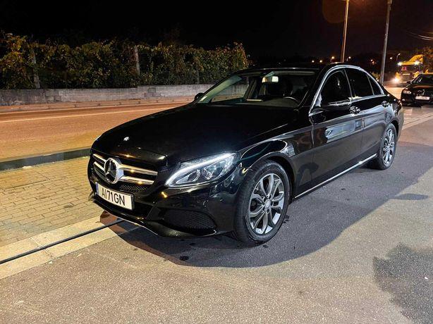 Mercedes com garantia até 2024