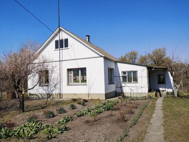 Повноцінний житловий будинок 76 км від Києва