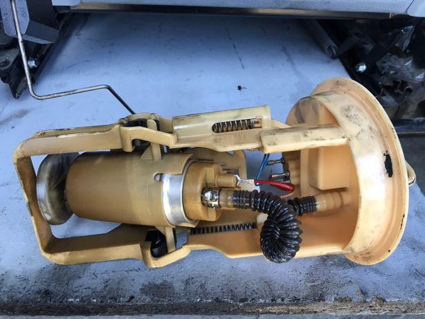 Bmw e46 2.0d 03r Pompa paliwa.