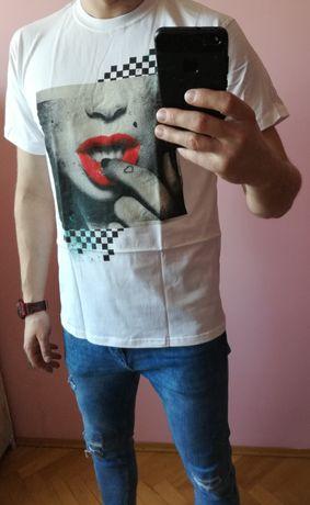 T-shirt Usta rozm. L